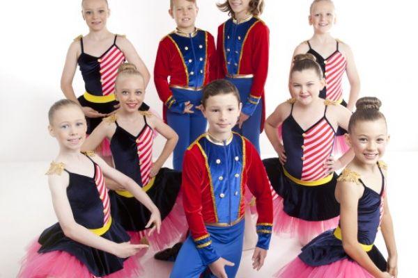 grade-2-ballet6F5B6FB8-9ABB-7B5D-84CE-BE01D015484B.jpg